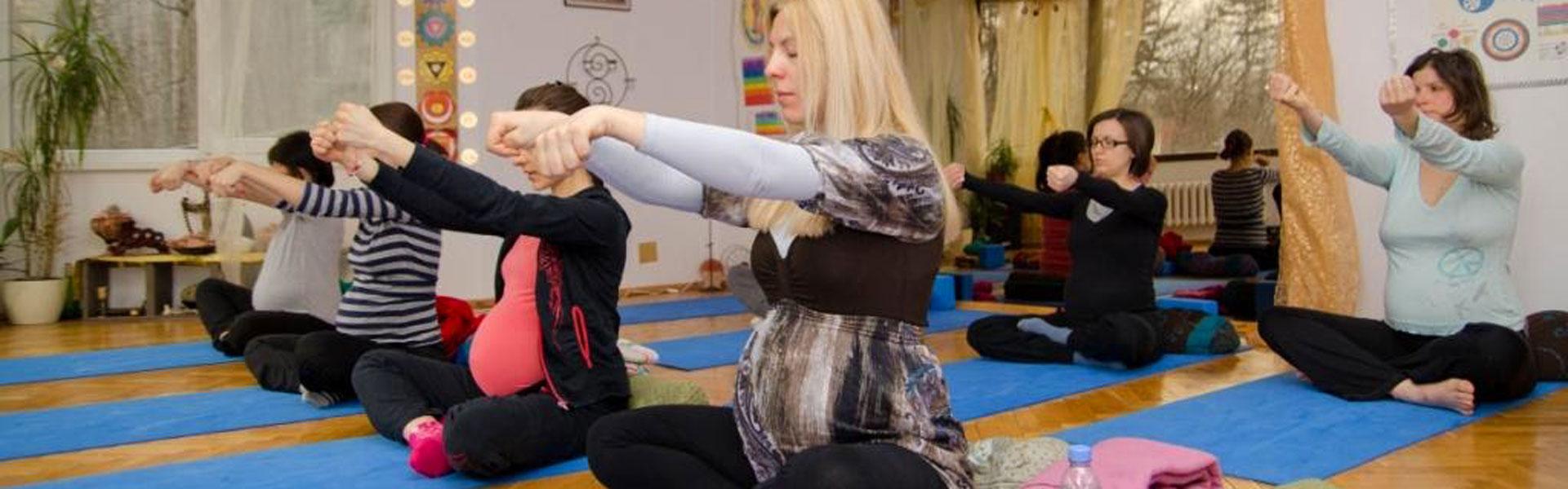 Пренатална йога